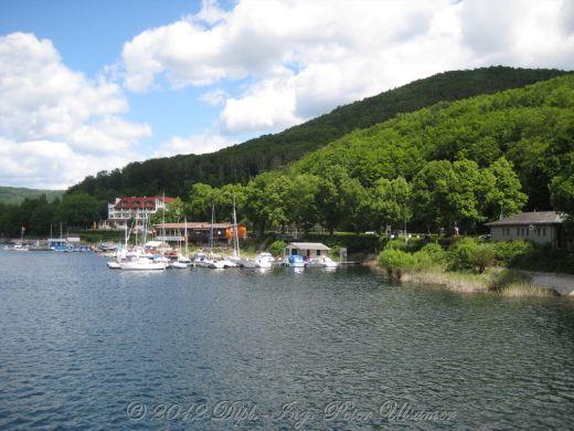 Jachthafen auf der Talsperre